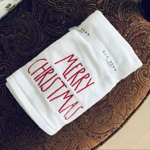 🆕Set of 2 Hand Towels By Rae Dunn - Merry Christmas